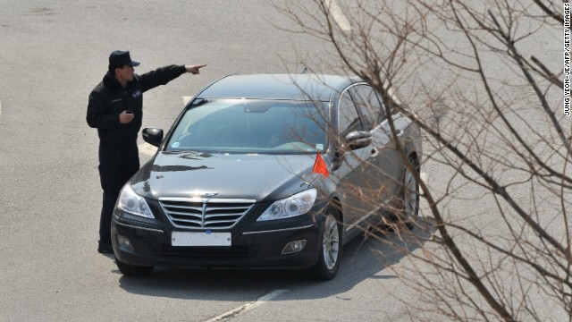 Photos: Koreans blocked from the North