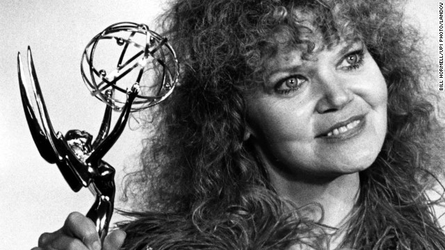 "<a href='http://www.cnn.com/2013/07/30/showbiz/acterss-eileen-brennan-obit/'>Actress Eileen Brennan</a>, who earned an Oscar nomination for her role as the exasperated drill captain in the movie ""Private Benjamin,"" died Sunday, July 28, at her Burbank, California, home after a battle with bladder cancer. She was 80."
