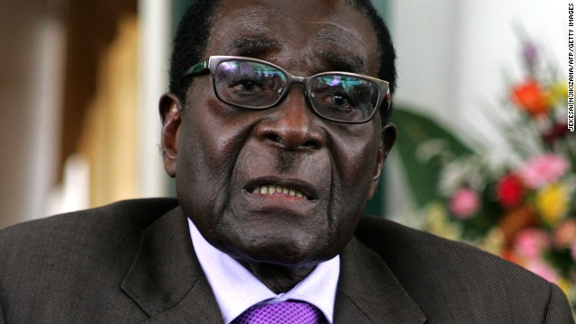 Zimbabwe's President Robert Mugabe has ruled out leaving politics, despite his advanced age.
