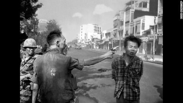 foto eddie adams vietnam
