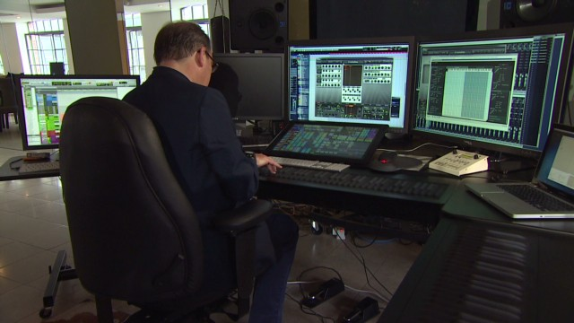 Hans Zimmer plays the Seaboard  the piano of the future