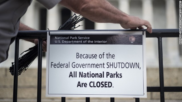 A U.S. park ranger posts a closed sign at the Lincoln Memorial on October 1.
