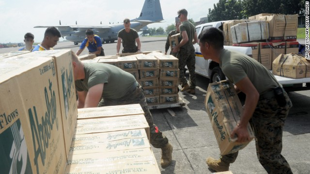 https://i0.wp.com/i2.cdn.turner.com/cnn/dam/assets/131111011808-philippines-us-military-relief-2-horizontal-gallery.jpg