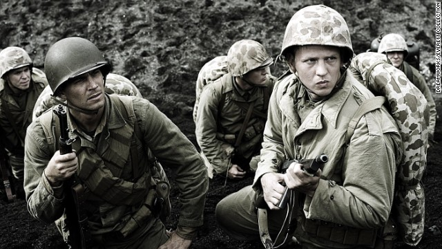 """Walker (l.) and Barry Pepper were soldiers in the drama """"Flags of our Fathers."""""""