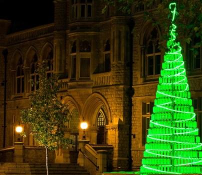Árbol de Navidad de botellas recicladas, Londres