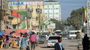 There\'s only one well-paved street in Hargeisa.