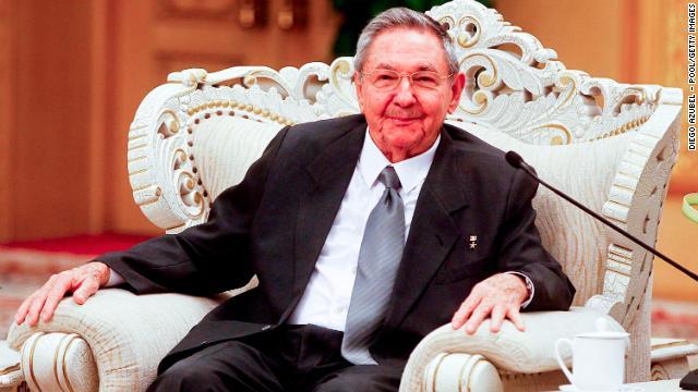 [Foto Archivo] El presidente de Cuba, Raúl Castro, en Beijing, China, el 6 de julio de 2012.