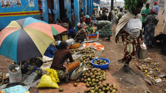 Street vendor sell food at the Virunga market in Goma.