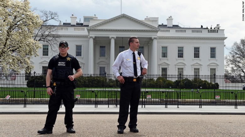 White House In The Dark, On Lockdown Following D.C. – Wide Power Outage 150407141842-02-dc-outage-exlarge-169