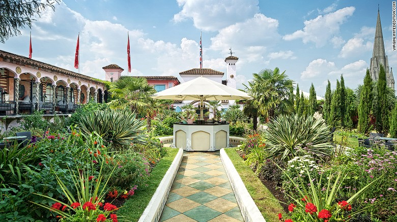 Filling a space of 6,000 square meters, the Kensington Roof Gardens are divided into three themed areas: Spanish (pictured), Tudor and English.