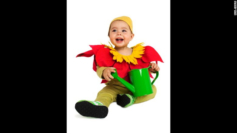 """<a href=""""http://www.realsimple.com/holidays-entertaining/holidays/halloween/last-minute-halloween-costume-ideas"""" target=""""_blank"""">Real Simple</a> came up with last-minute costume ideas for kids, like this easy flower getup. <a href=""""http://www.cnn.com/2013/10/31/living/real-simple-halloween-costumes/index.html"""">Read more ideas here</a>."""