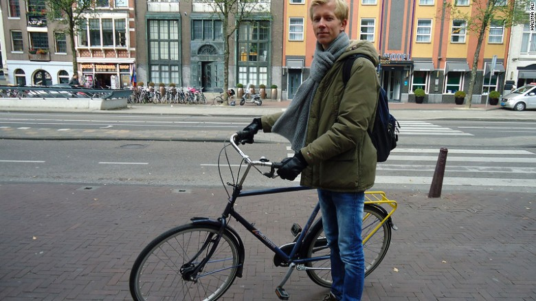 "Amsterdam cyclist Bob Bulthius: ""It's not hard but it's different."""