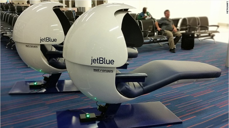 """CNN's Richard Quest flew from L.A. to New York on JetBlue during his round-the-world trip on budget airlines. Of the carriers he used, he said that """"JetBlue has the best food and the most freebies: Wi-Fi, basic TV and a snack zone.""""<br />"""