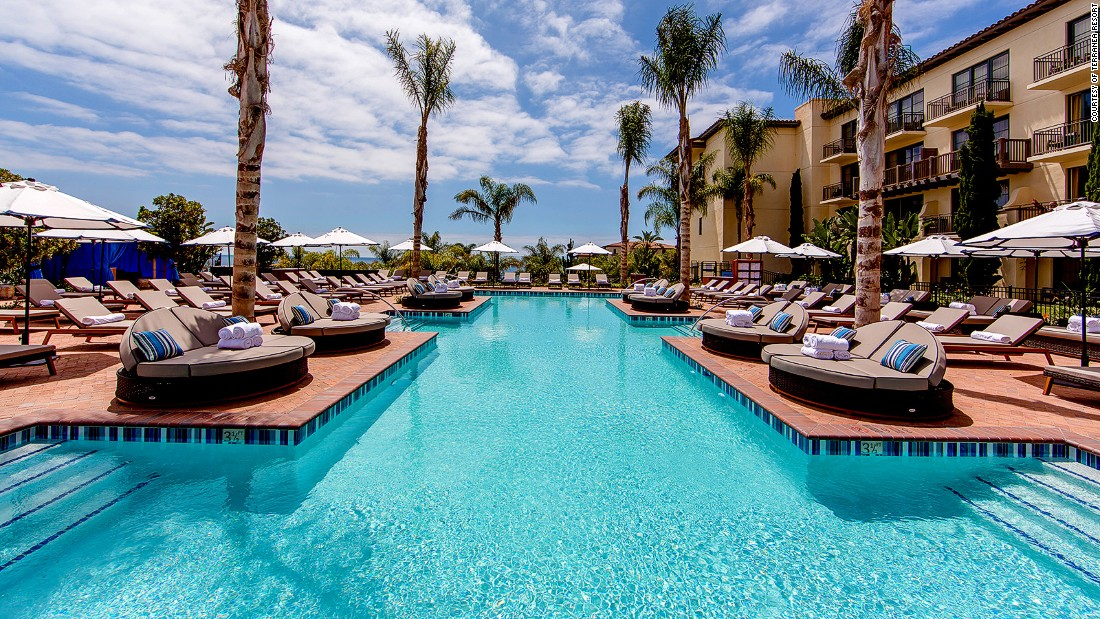 6 Spectacular Los Angeles Hotel Pools