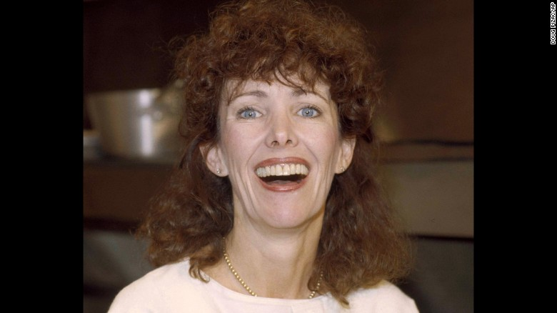 "Actress Beth Howland, who played a waitress on the sitcom ""Alice,"" died December 31, 2015."