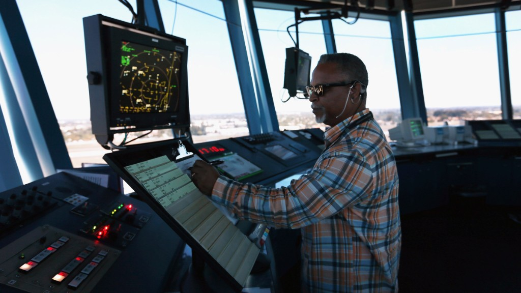 Trump promises cheaper faster and safer travel with private air traffic control