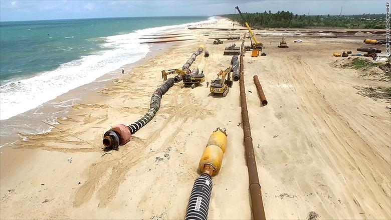 nigeria economy divided beach