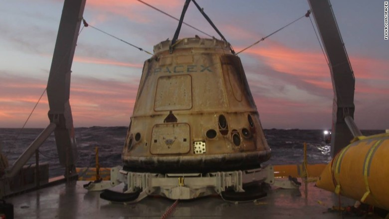 spacex dragon recovered