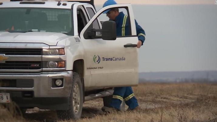 Keystone Pipeline leaks 210,000 gallons of oil