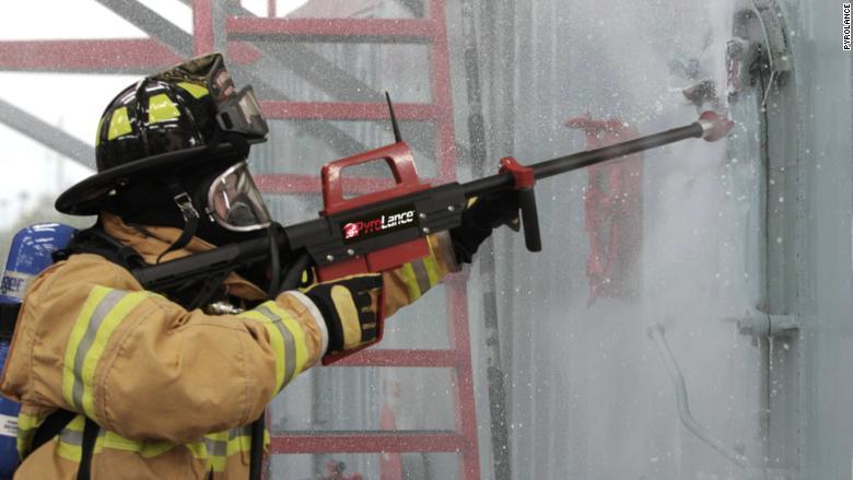 pyrolance water gun