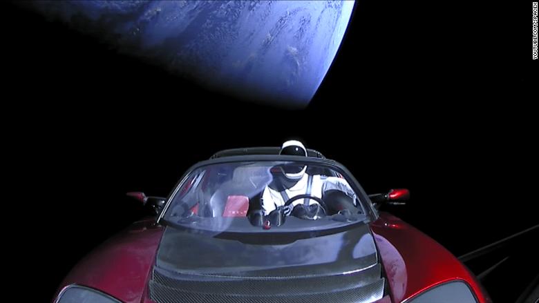 Elon Musk Car In Spac Wallpaper Nasa Is Keeping Tabs On Elon Musk S Tesla Roadster
