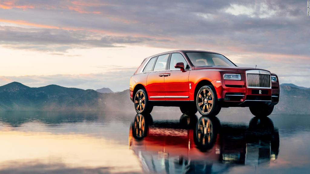 Rolls-Royce Cullinan revealed