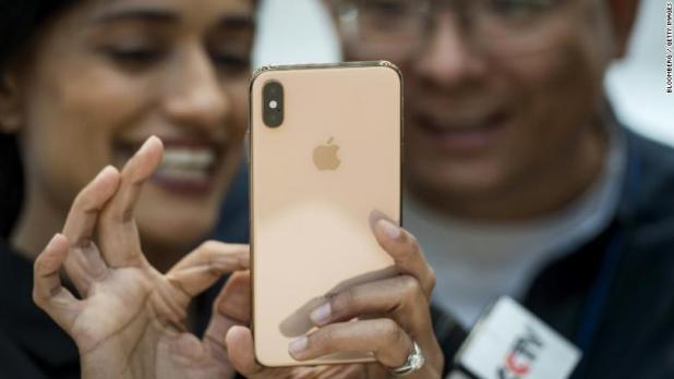 apple iphone xs max 3