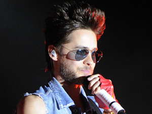 Jared Leto of 30 Seconds to Mars performs at the Sunset Cove Amphitheater . Boca Raton, Florida