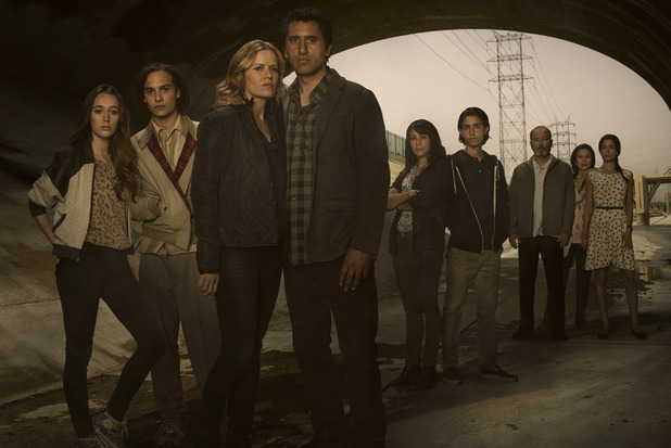 Alycia Debnam Carey as Alicia, Frank Dillane as Nick, Kim Dickens as Madison, Cliff Curtis as Travis, Elizabeth Rodriguez as Liza, Lorenzo James Henrie as Chris, Ruben Blades as Daniel Salazar, Patricia Reyes Spíndola as Griselda Salazar and Mercedes Mason as Ofelia in Fear the Walking Dead