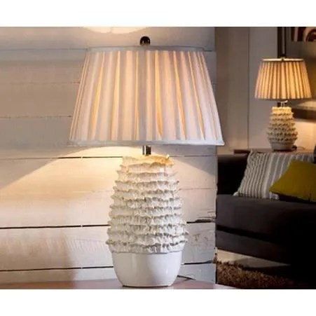 Grande lampe de salon en PORCELAINE MAILLE  Achat  Vente Grande lampe de salon en PO