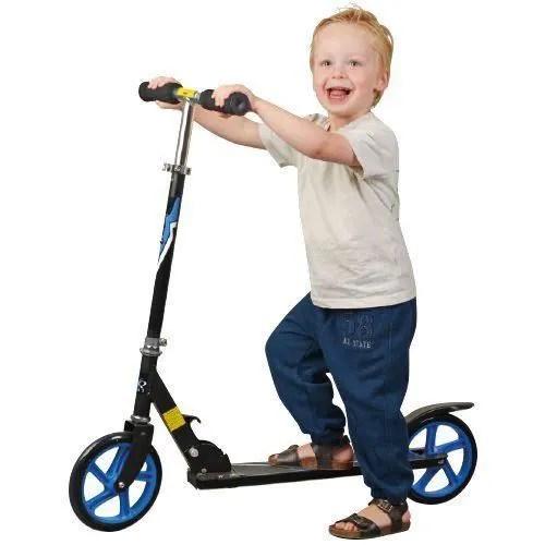 patinette trottinette trottinette noire et bleue a grandes roue pro adul