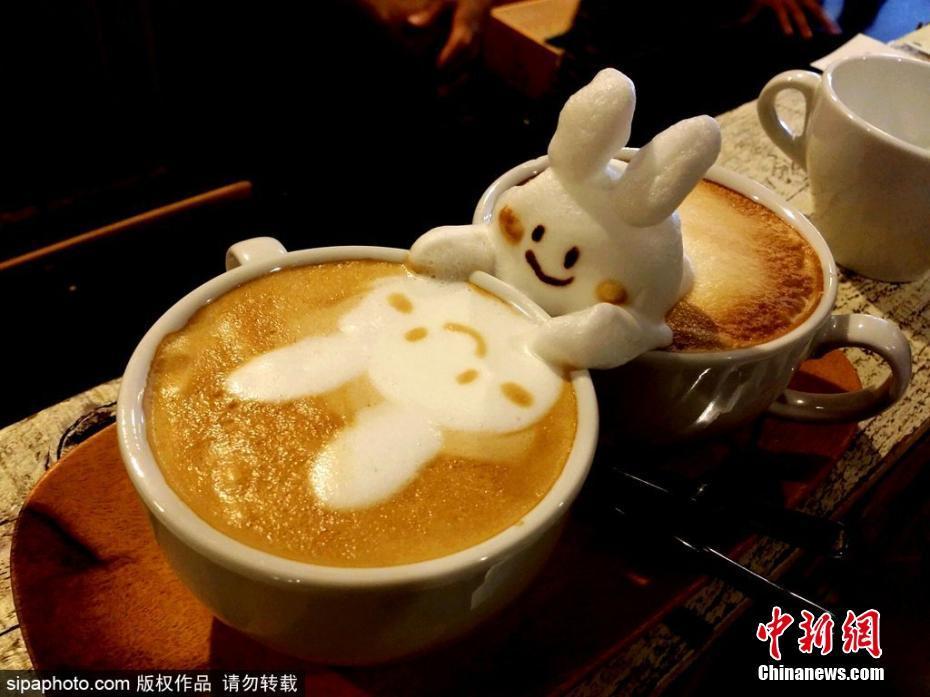 日本超萌3D咖啡拉花 可愛到令人難以入口-中新網