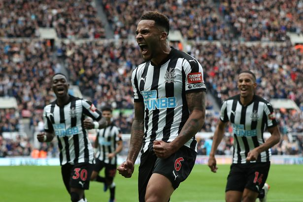 Newcastle United Fcjermaine Jenas Praises Newcastle Uniteds Jamaal Lascelles For His Leadership Heading Into Brighton