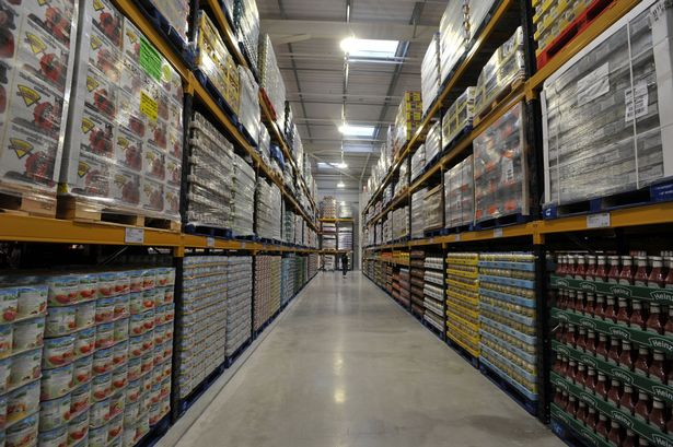 See Inside Costcos Giant New Warehouse Outlet In Sunbury Get Surrey