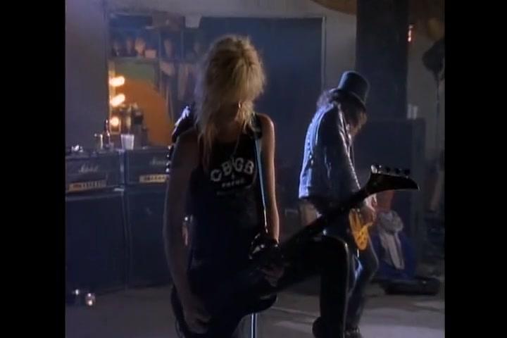 Guns N' Roses 槍花樂隊 Sweet Child O Mine【MV】中英字幕_嗶哩嗶哩 (゜-゜)つロ 干杯~-bilibili