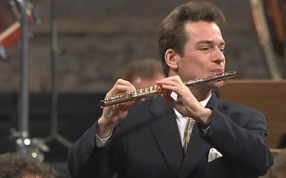 【長笛】莫扎特D大調第二號長笛協奏曲 K314 (帕胡德演奏)_嗶哩嗶哩 (゜-゜)つロ 干杯~-bilibili