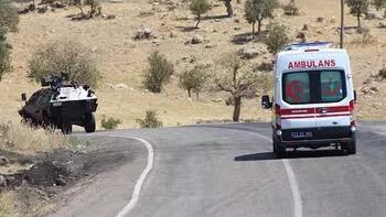 Beytüşşebap'ta üs bölgesi yolunda patlama: 3 işçi yaralı