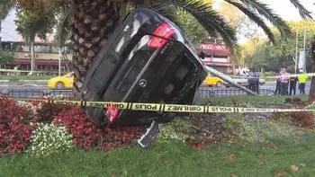 Fatih'te korkunç kaza! Hız göstergesi bu halde görüntülendi...