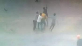 İki grup arasında bıçaklı kavga: 2 yaralı