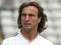 David Ginola's life was saved by bystander who performed CPR on pitch - Irish Mirror Online