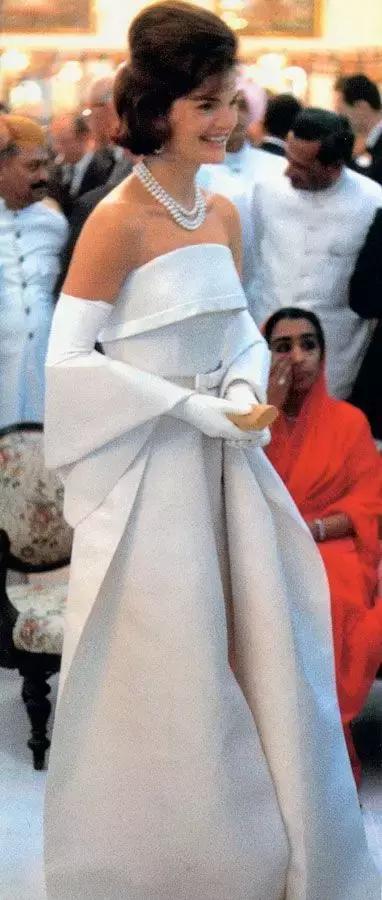 第一夫人穿衣法則:這才是最優雅時髦的時尚icon! - 每日頭條