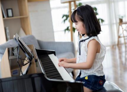 The ONE智能鋼琴課。讓億萬兒童在家就能接受鋼琴趣味啟蒙教育 - 每日頭條