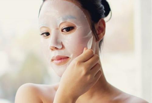 敷完面膜該不該洗臉?很多人都不知道的事。怪不得越敷效果越不好 - 每日頭條