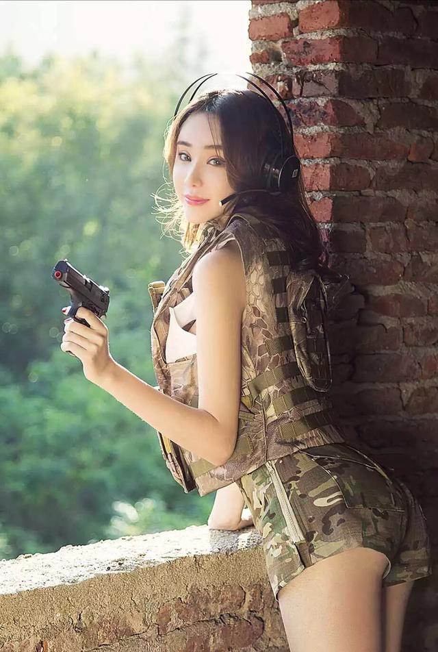 荒野行動,絕地求生,小姐姐專業帶你吃雞 - 每日頭條