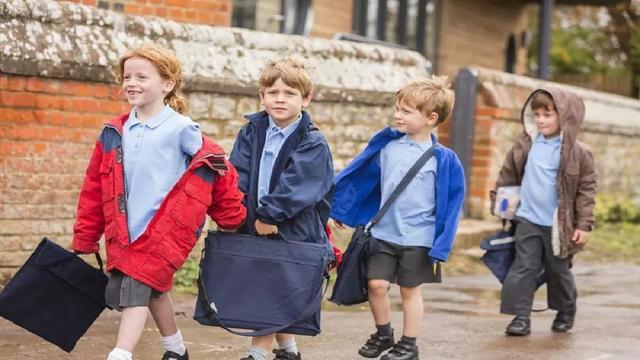 羊群效應:隨波逐流不可取,3招讓孩子保持清醒頭腦,學會思考 - 每日頭條