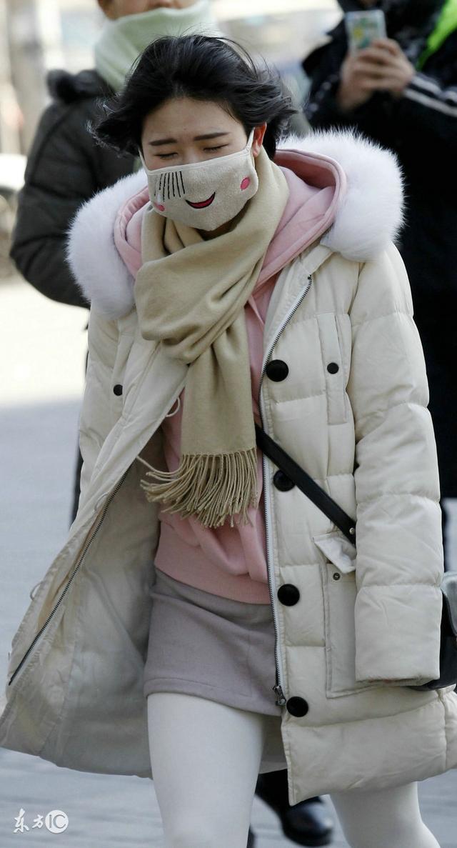 這個冬天羽絨服不保暖了?那是你不會選!還得跟商家鬥智鬥勇 - 每日頭條
