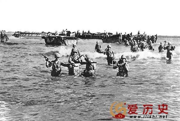 美軍天寧島首用凝固汽油彈紅燒鬼子 從此日本開始天天挨炸 - 每日頭條