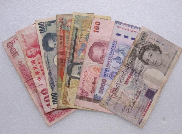 在泰國。100人民幣居然能買這些東西!看完好心塞 - 每日頭條