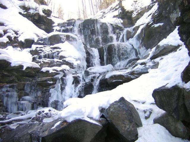 零下71度的俄羅斯,連熊都抗不過的冬天,當地人是怎麼度過的? - 每日頭條