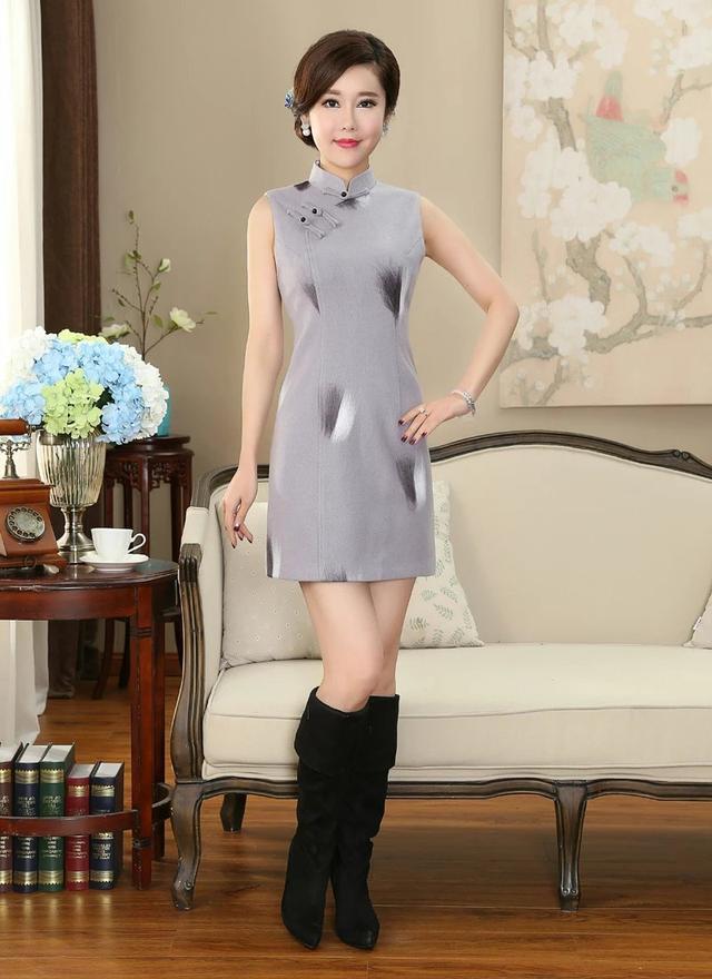 時尚馬甲灰色羊毛呢旗袍。讓你在這個冬季極具女王氣質 - 每日頭條